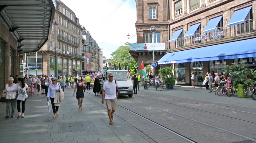 unrest : STRASBOURG, FRANCE - 9 JULY, 2014: Anti Israel protest against  attack on Gaza as seen in Strasbourg, the European Capital and the Headquarter of European Parliament Shot in Milan, Italy on 30 July 2014 Stock Footage