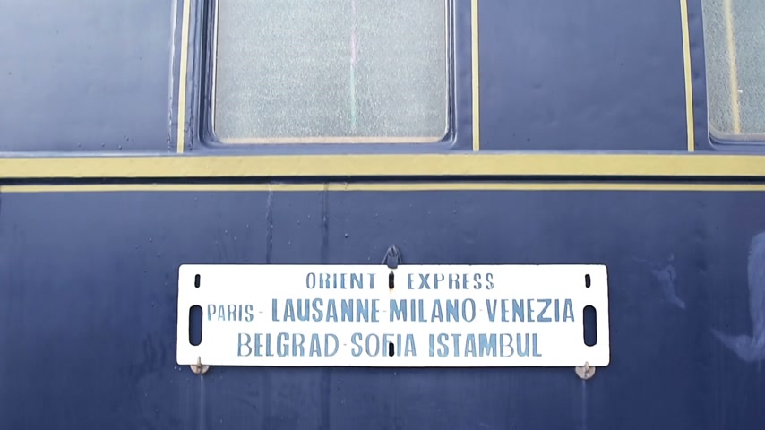 ekspres : Orient express destinations: Paris, Lausanne, Milano Venice, Belgrad, Sofia, Istanbul. The Orient Express was the name of a long-distance passenger train service created in 1883 by Compagnie Internationale des Wagons-Lits (CIWL)