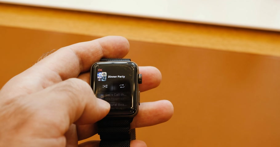 wristband : PARIS, FRANCE - SEP 22, 2017: New Apple Watch Series 3 goes on sale in Apple Store with iTunes play music apple patch over cellular data gsm 4g