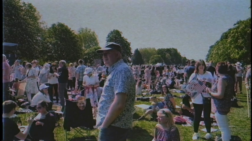 meghan markle : WINDSOR, BERKSHIRE, UNITED KINGDOM - MAY 19, 2018: VHS effect over crowd during royal wedding marriage celebration of Prince Harry, Duke of Sussex and the Duchess of Sussex Meghan Markle
