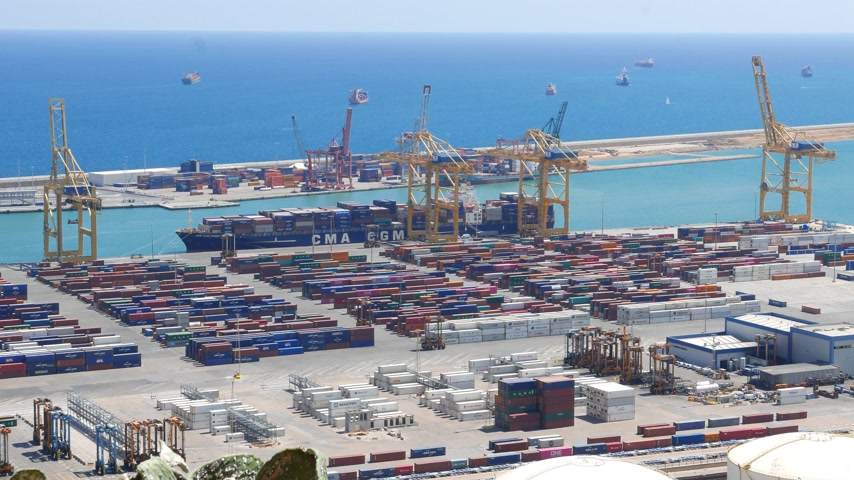 Barcelona maritime container port view Stok Video