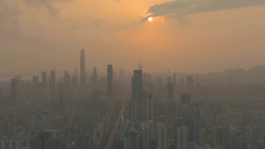 sobreposição : Shenzhen Cityscape at Sunny Sunset. China. Aerial View. Drone Flies Sideways and Downwards Vídeos