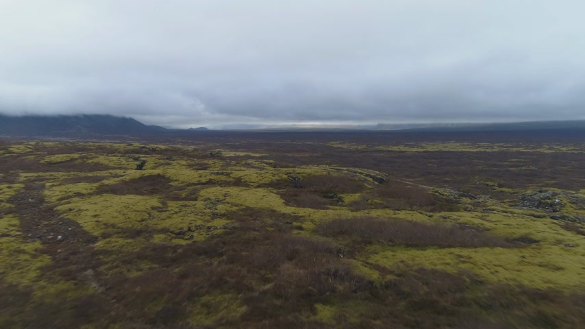 절벽 : Fissures in Thingvellir National Park. Iceland. Aerial View. Drone Flies Forward 무비클립