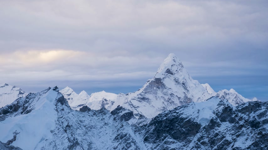 alpinism : Ama Dablam Mountain and Cloudy Sky in the Morning. View From Kalapatthar. Himalaya, Nepal. Timelapse