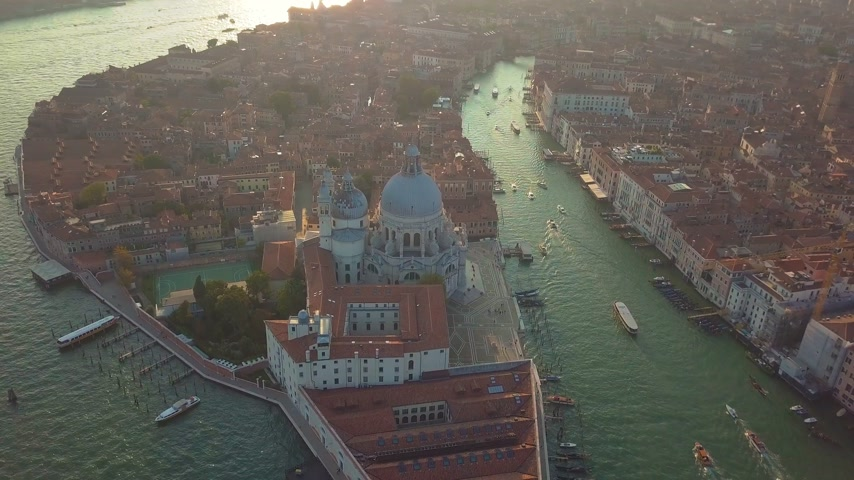 впечатляющий : Aerial view. Beautiful Skyline Sunset in Venice Grand Canal Italy