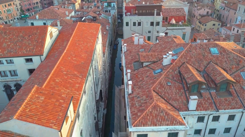 çatı : Drone video - Aerial view of Venice Italy Stok Video