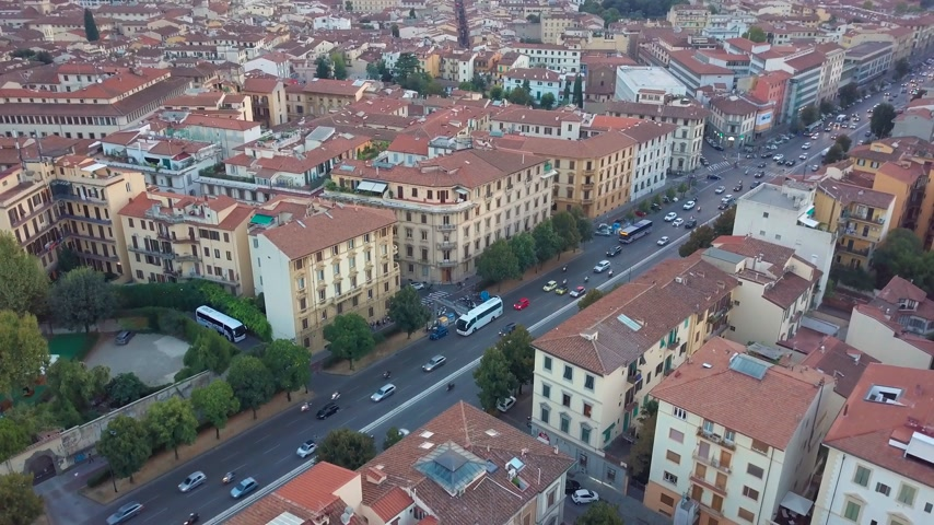skyline firenze : Video di riprese aeree con droni - vista panoramica di Firenze