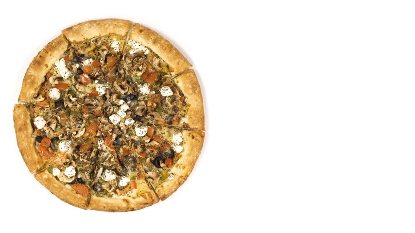 cominho : Rotating pizza with smoked sausage and olives on a white background. Top view center orientation Vídeos