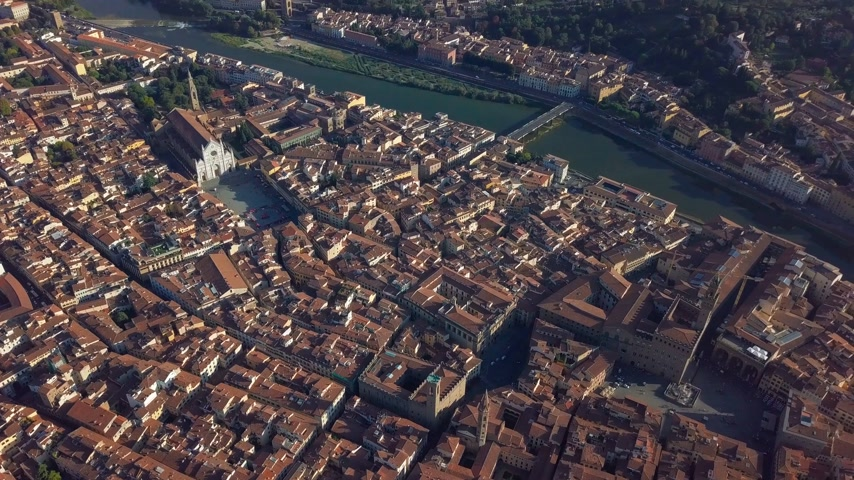 ponte : Aerial panoramic view of Florence at sunset, Italy