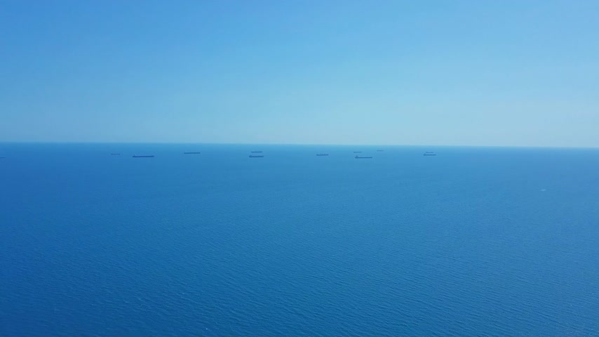 ithalat : Aerial view Cargo Ship and Tanker in the sea.