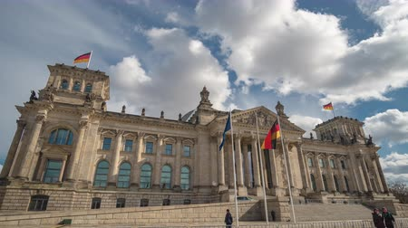 europa : Timelapse. The famous building of the Bundestag is one of the symbols of Berlin