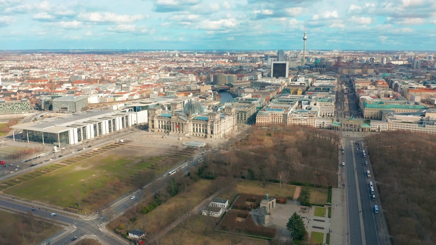 bundestag : Berlin Brandenburg Gate and Reichstag panorama. Aerial view Stock Footage