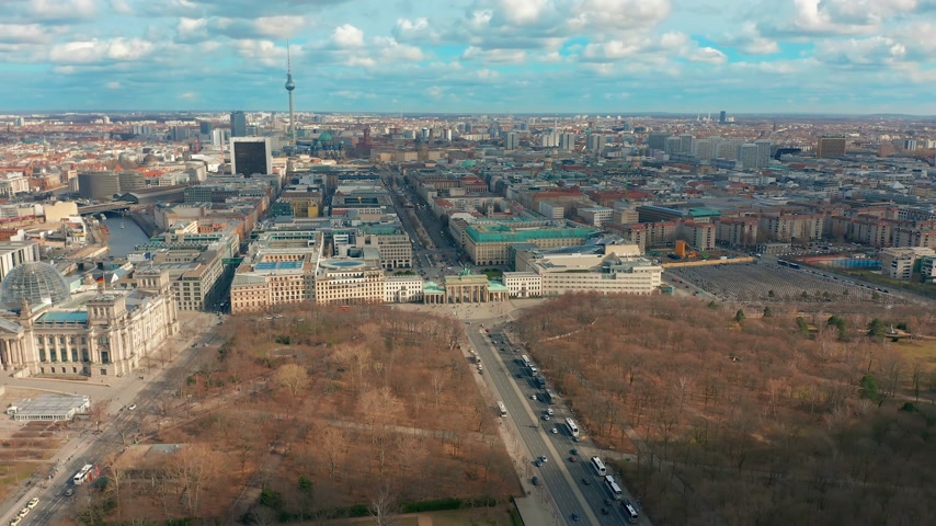 berlin skyline : BERLIN, GERMANY - MARCH 28, 2019. Berlin Brandenburg Gate aerial view with city traffic