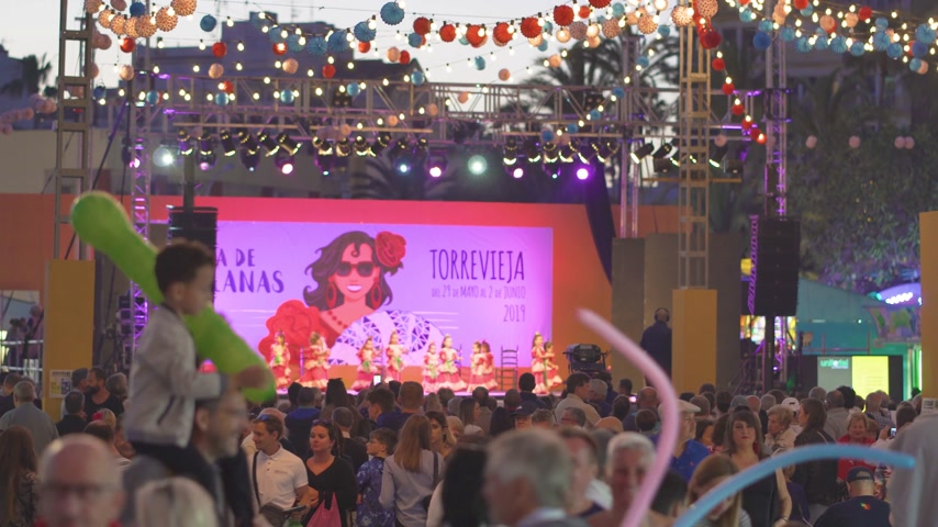 estouro : Torrevieja, Spain - May 29, 2019: Sevillian festival.