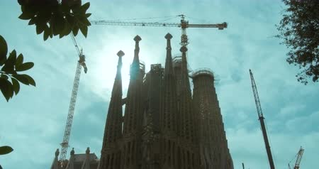 barcellona : Barcelona, Spain - October 15, 2019: Sagrada Familia - the cathedral designed by Gaudi, Barcelona, Spain. Timelapse.
