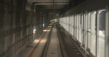 elétrico : Automatic train subway, tunnel fast speed. Timelapse. Stock Footage