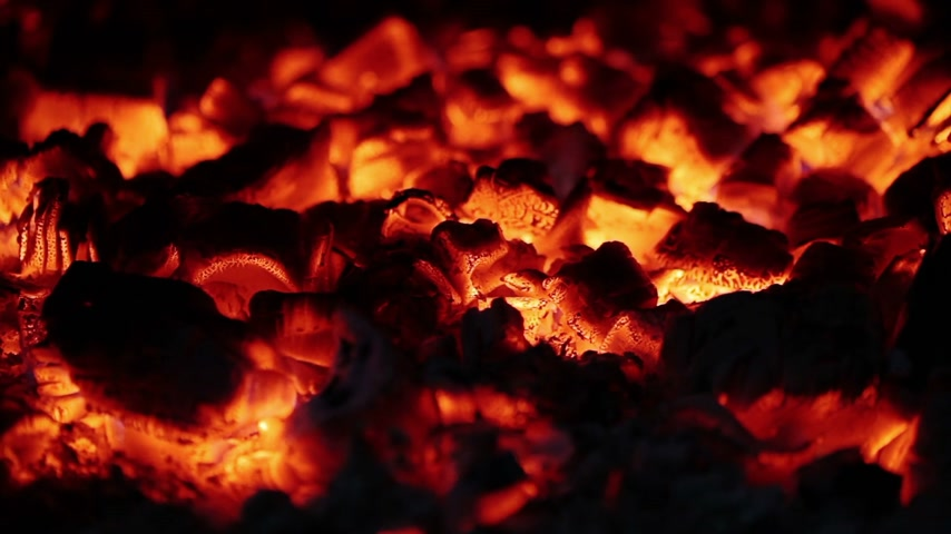 mekan : Slow Combustion Fireplace Log Wood Embers Closeup