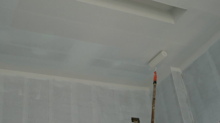 sıva : painting a gypsum plaster ceiling with painting roller