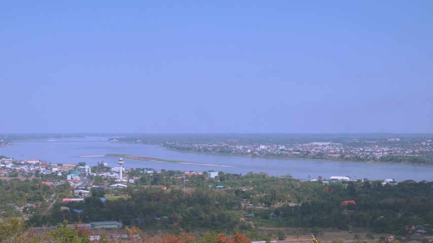 binário : Panning shot of Aerial view of Mekong river Stock Footage