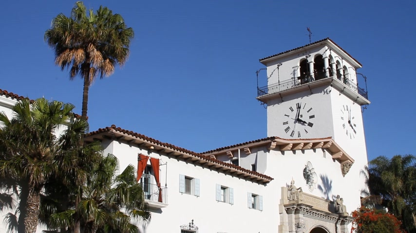 tribunal : Santa Barbara California City Courthouse et Clock Tower 1 Vidéos Libres De Droits