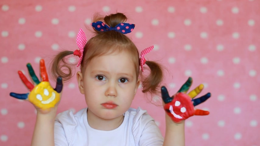 carrancudo : sad, offended child is a girl. Baby is upset Stock Footage