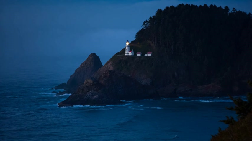 балки : Heceta Lighthouse on Route 1 at the Oregon coast