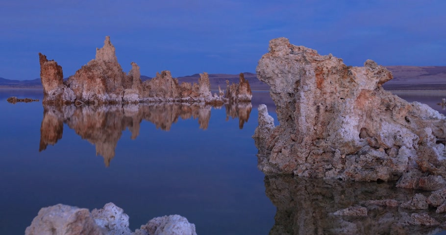 Mono lake tufas 6 second views compilation on sunset.