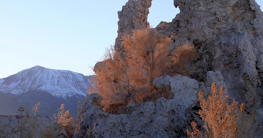 Mono lake tufas 6 second views compilation on sunrise.
