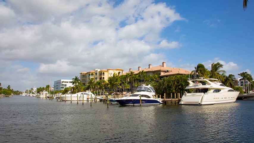 żaglówka : Yacht and luxurious waterfront home at Fort Lauderdale, Florida