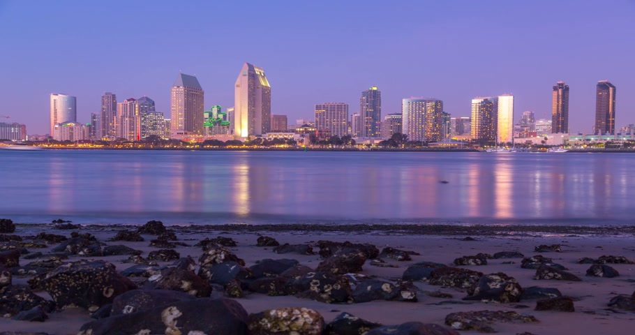 pier : San Diego downtown sunset timelapse, California