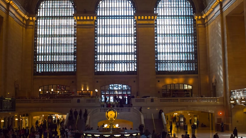 lobi : NEW YORK CITY, USA -OCTOBER 12, 2014: New York City Grand Central Terminal Commuting Rush Hour Transportation