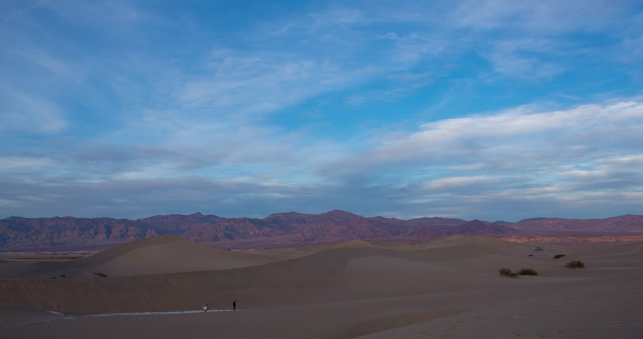 dead valley : Sunset timelapse at Mesquite dunes in Death Valley, California, USA Stock Footage