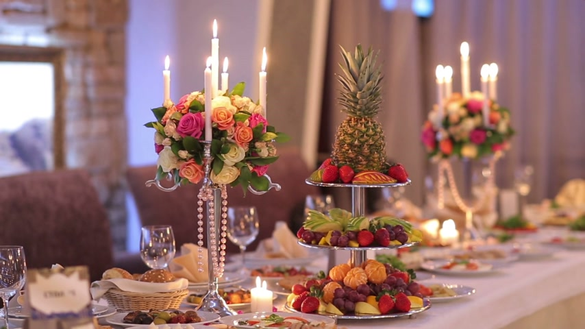 формальный : Romantic Decor Banquet Table