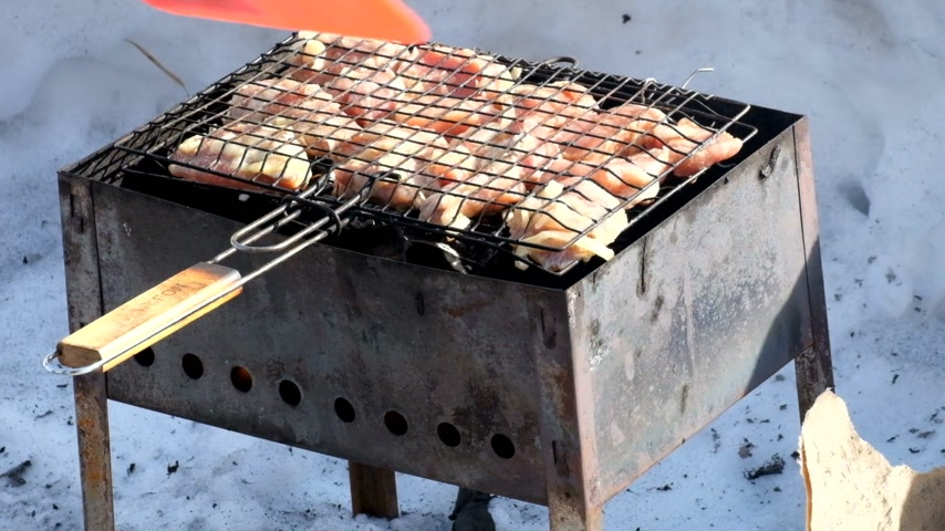 méz : Chicken barbecue on grill Stock mozgókép