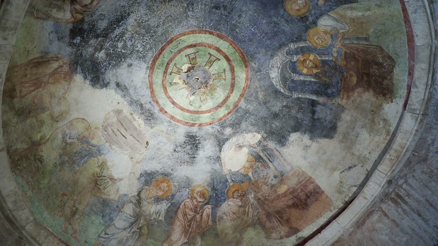 communion : Fresco on the dome of the altar, scene of the communion. Jesus Christ gives his apostles bread and wine. Saint Nicholas church in Demre, Turkey. Stock Footage