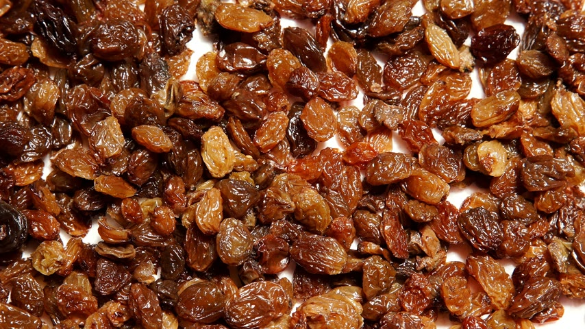 uvetta : Raisin dried grape as food background 4K