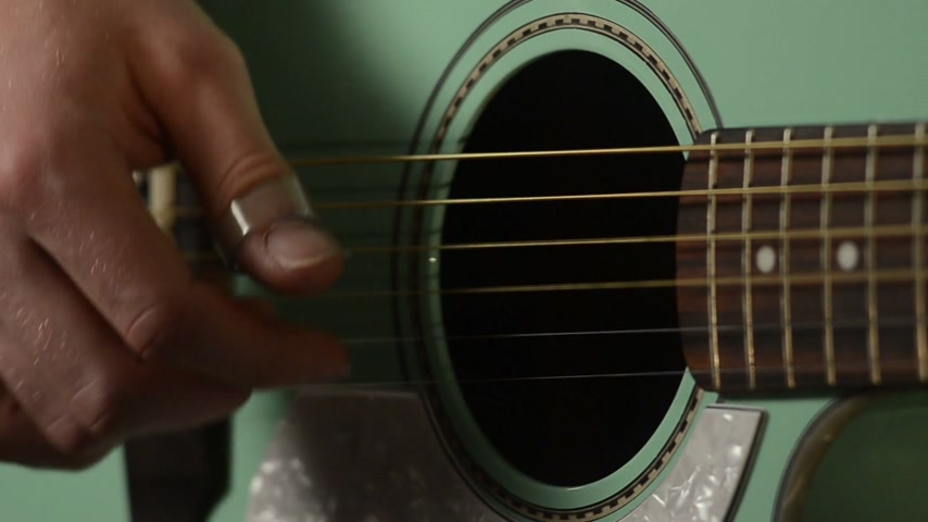 fender : guitar player close up music