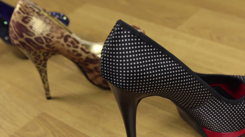 highheels : Slider shot. Many stylish classic womens shoes with high heels. Stock Footage