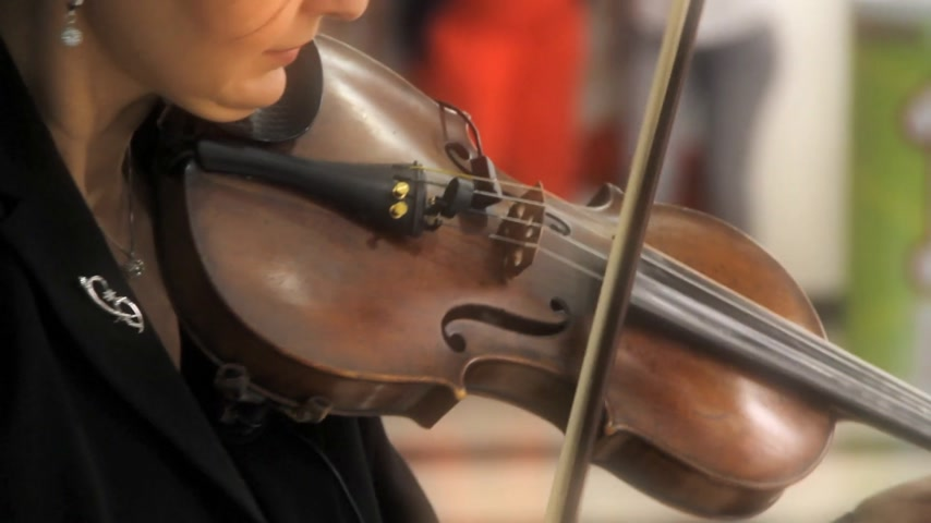 mozart : violin Stock Footage