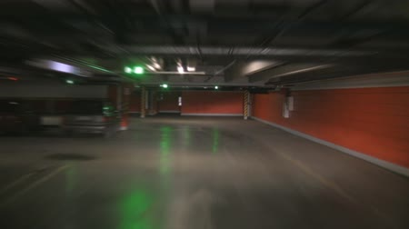 parkeren : Ondergrondse parking time-lapse  Stockvideo
