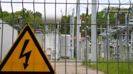 elektrownia : high-voltage transformer substation