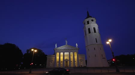 litvánia : Cathedral at night, Vilnius, Lithuania