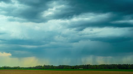 гром : Rain clouds and rural landscape, panoramic time-lapse