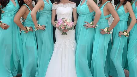 pokojowka : Close up of bride and bridesmaids bouquets