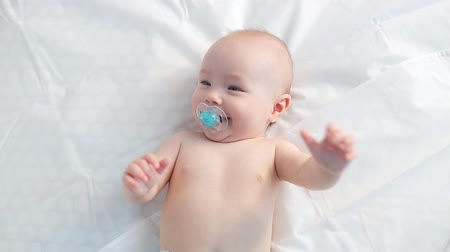 newborn baby : Happy Baby Laughing, Sound Included