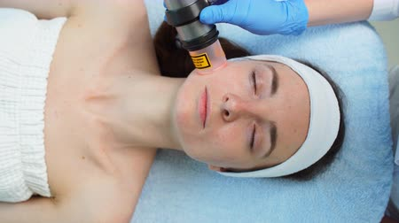 sedoso : Cleaning and peeling of the face. Smooth, silky skin after the procedure.