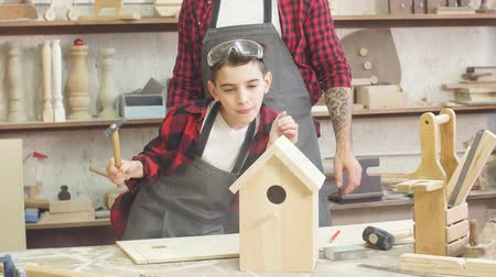 statuette : In carpentry coworking studio children and youngsters can learn a useful profession together with Dad. There are carpentry classes for beginners in the Daddy-son format in wooden workshop.
