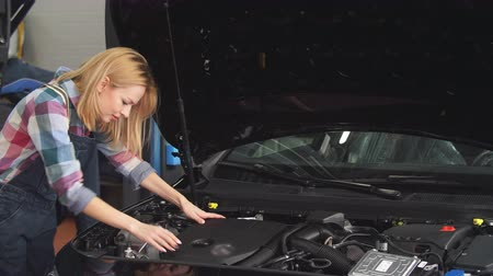 vysoká klíč : High qualified specialist helps your with your broken vehicle. Dostupné videozáznamy