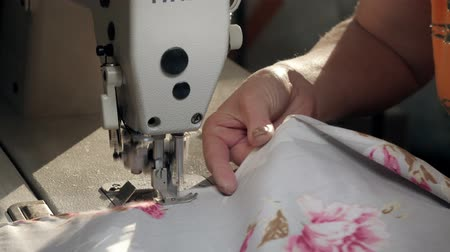 sewer : sewing machine sew womens hands home wife clothes handmade