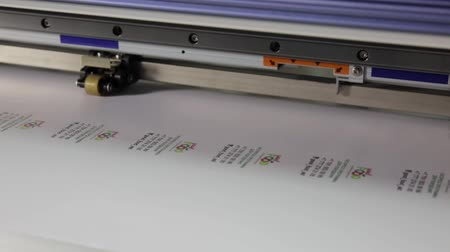 készítő : Printer is working,Production technology in the printing
